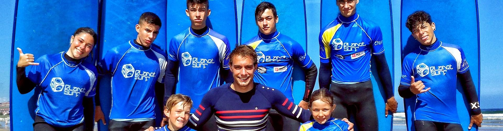 Surf lessons for juniors in Spain