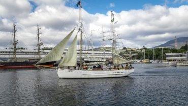 Kleines Segelboot