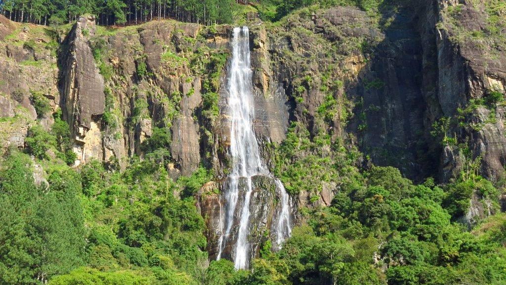 Bambarakanda-Wasserfall